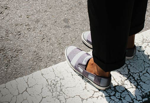 Sperry Top-Sider Women's Mariner Grosgrain Stripe Slip-On Sneaker
