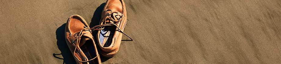 Explore the Authentic Original Collection for Men from Sperry Top-Sider.
