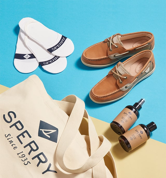 Women's boat shoe bundle.