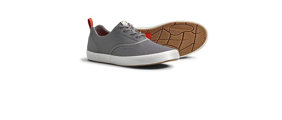 047013f7e99c the flex deck sneaker
