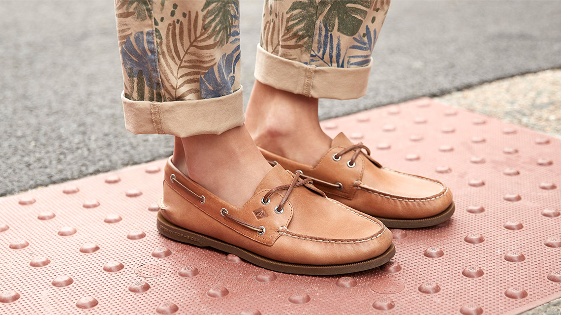 70d8ad975 Sperry Boat Shoes for Men, Women, & Kids | Sperry